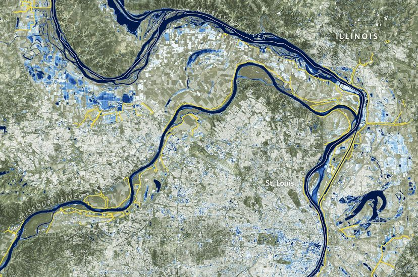 Map of the Mississippi River in St. Louis, Missouri, showing frequency of flooding in blue.