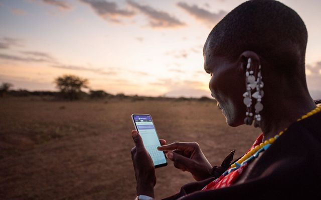 Happyness Lemuriet documents the regrowth of grass in Selela village via a phone application.