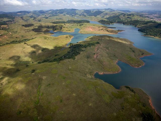 The deforested area around Brazil's Cachoeira Reservoir will be part of a massive tree planting project.
