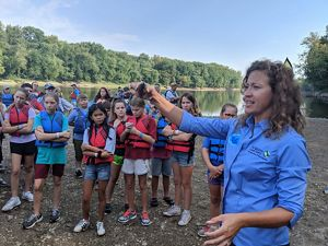 Cassie Hauswald speaking to Lafayette students about the importance of freshwater mussels.
