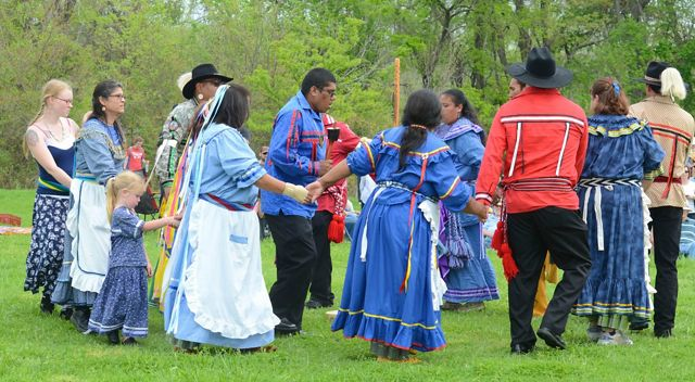 Dancers from the Chickasaw Nation celebrate the dedication of the Oka' Yanahli Preserve. In 2013, these partners unveiled the preserve name honoring the land's history.