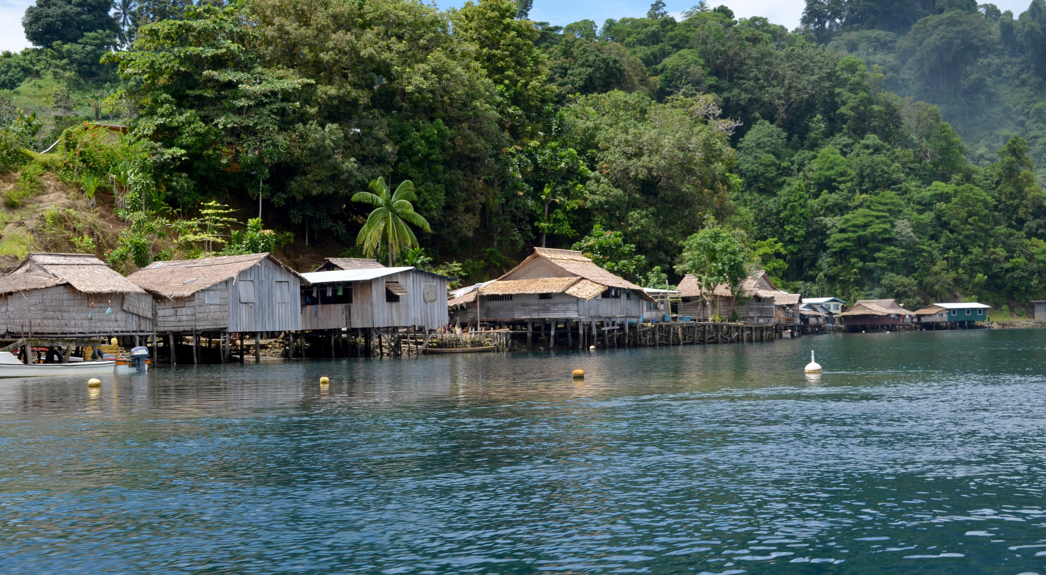TNC works with communities in the Solomon Islands to support their decision making about development.