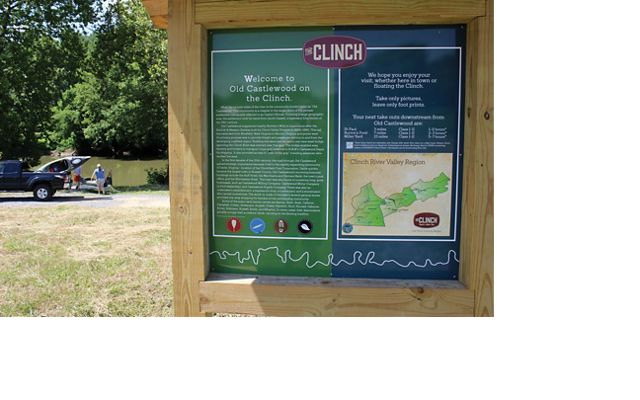 Information side next to the Clinch River