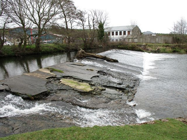 The dam prior to its removal in 2018. The project was accomplished with limited complexities while managing sediment removal for protected mussels.