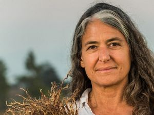 Portrait of scientist Deborah Bossio