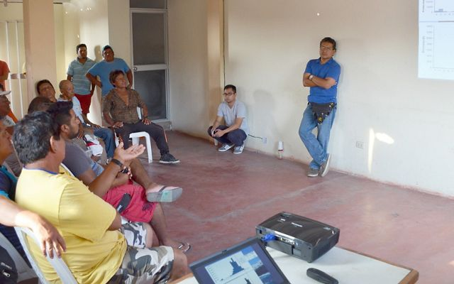 The fishers of Ancon learn about data compiled about their fishery and discuss options to manage the fishery sustainably.