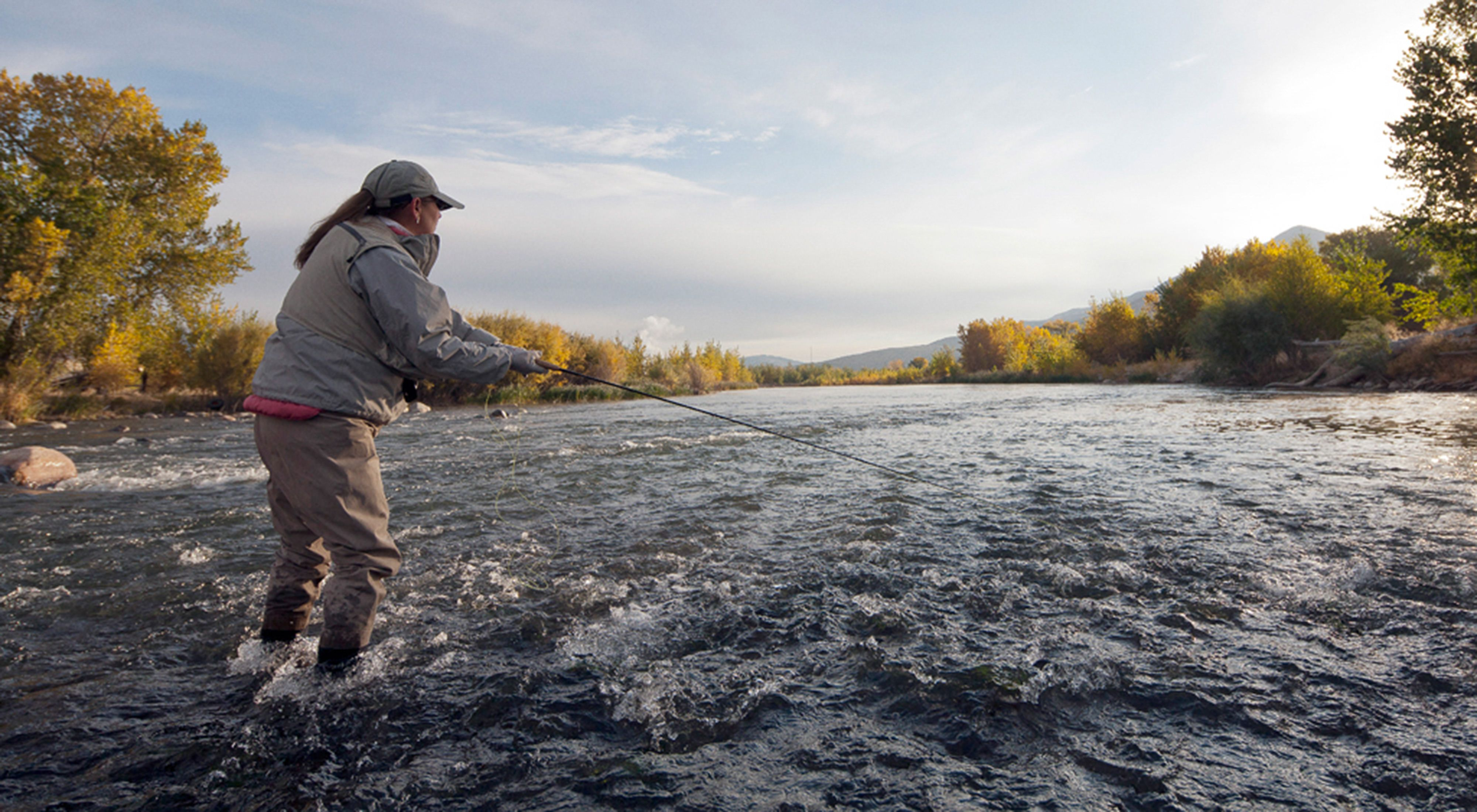Flyfishing at McCarran Ranch Preserve on the Truckee River near Reno, NV
