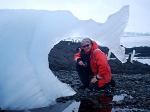 Professor of polar and marine biology at the University of Alabama at Birmingham.