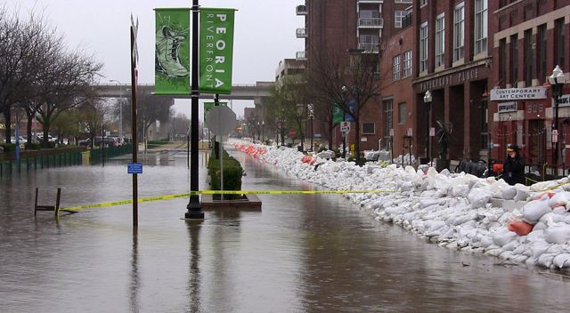 Photo of flooding in downtown Peoria.