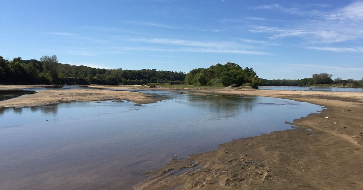 Also know as The Kaw, sandbars are a popular camping site.