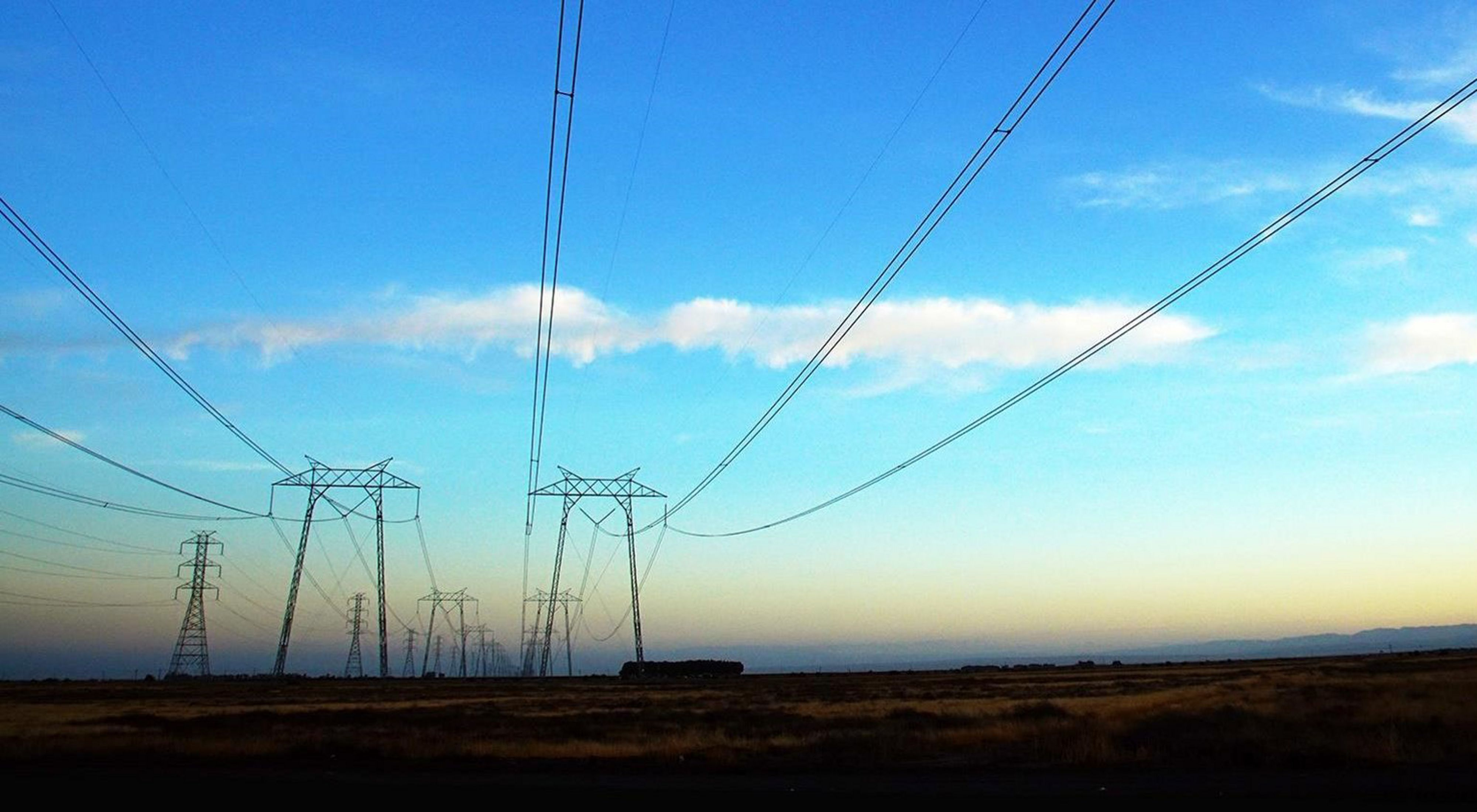 Transmission lines in the San Joaquin Valley