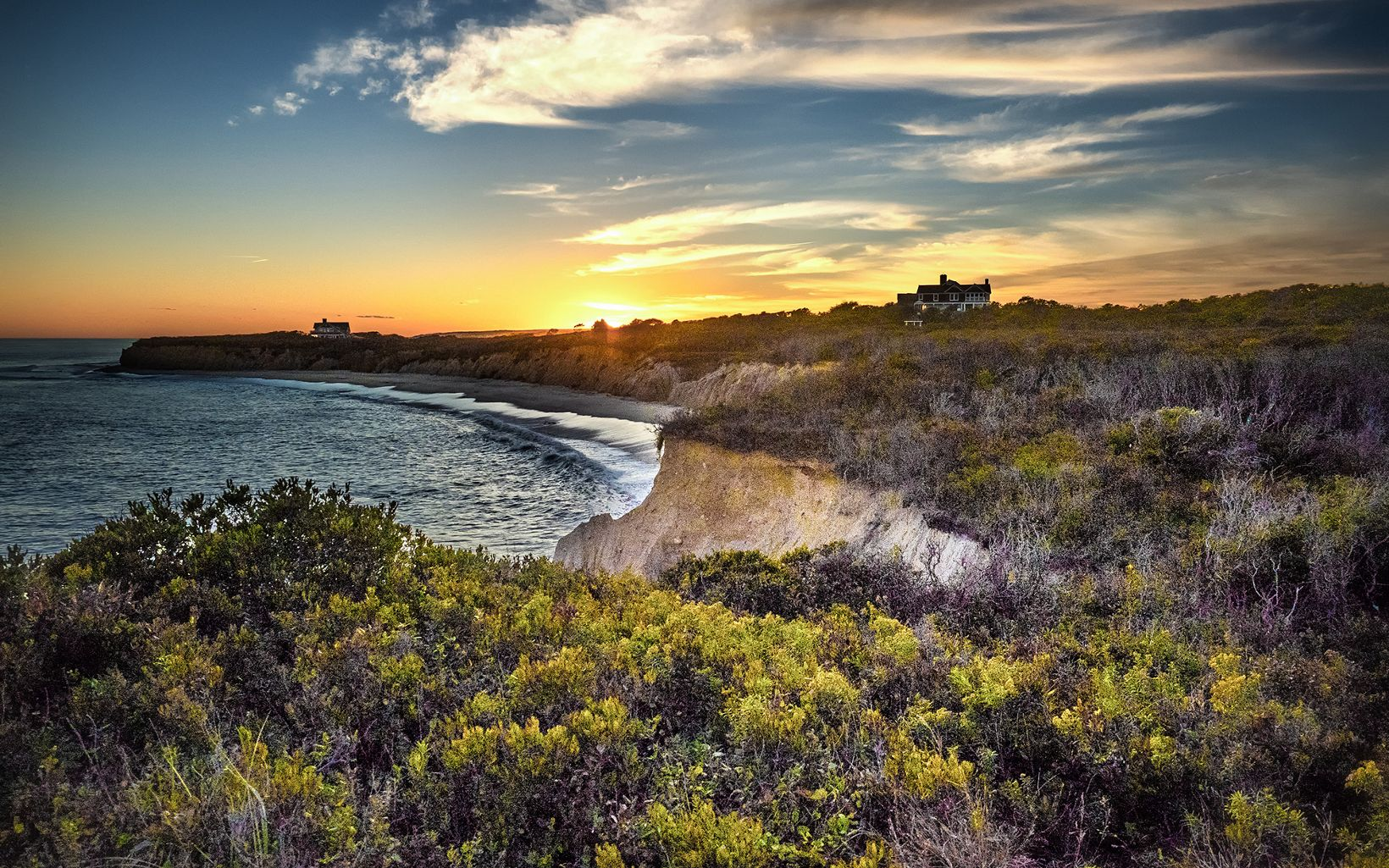 Amsterdam Beach Bluffs, Montauk