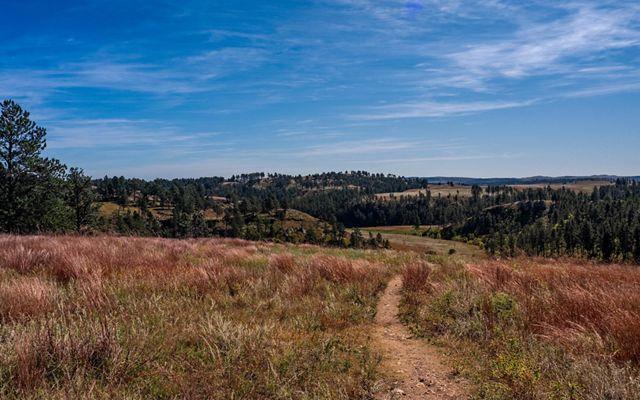 Prairie trail at Wind Cave.
