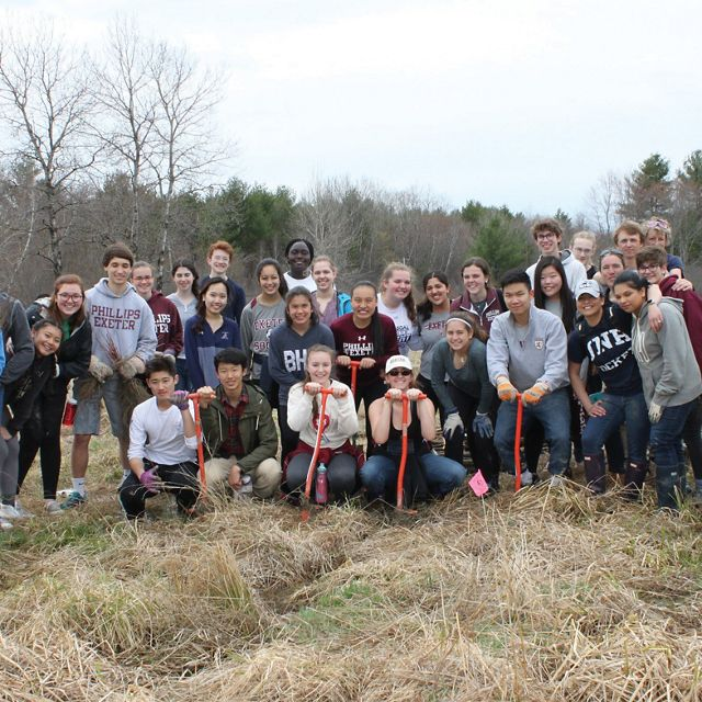 Volunteers from Phillips Exeter Academy.