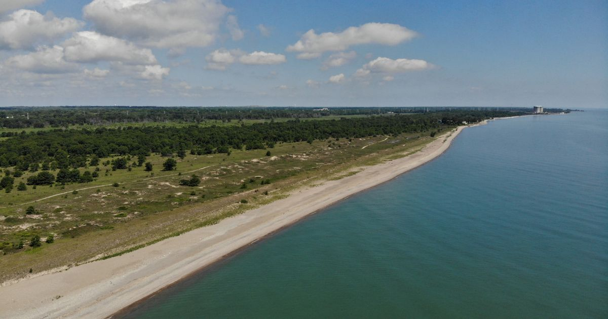 Aerial photo showing Lake Michigan shoreline, and the beach and wetlands of the Chiwaukee Prairie-Illinois Beach Lakeplain