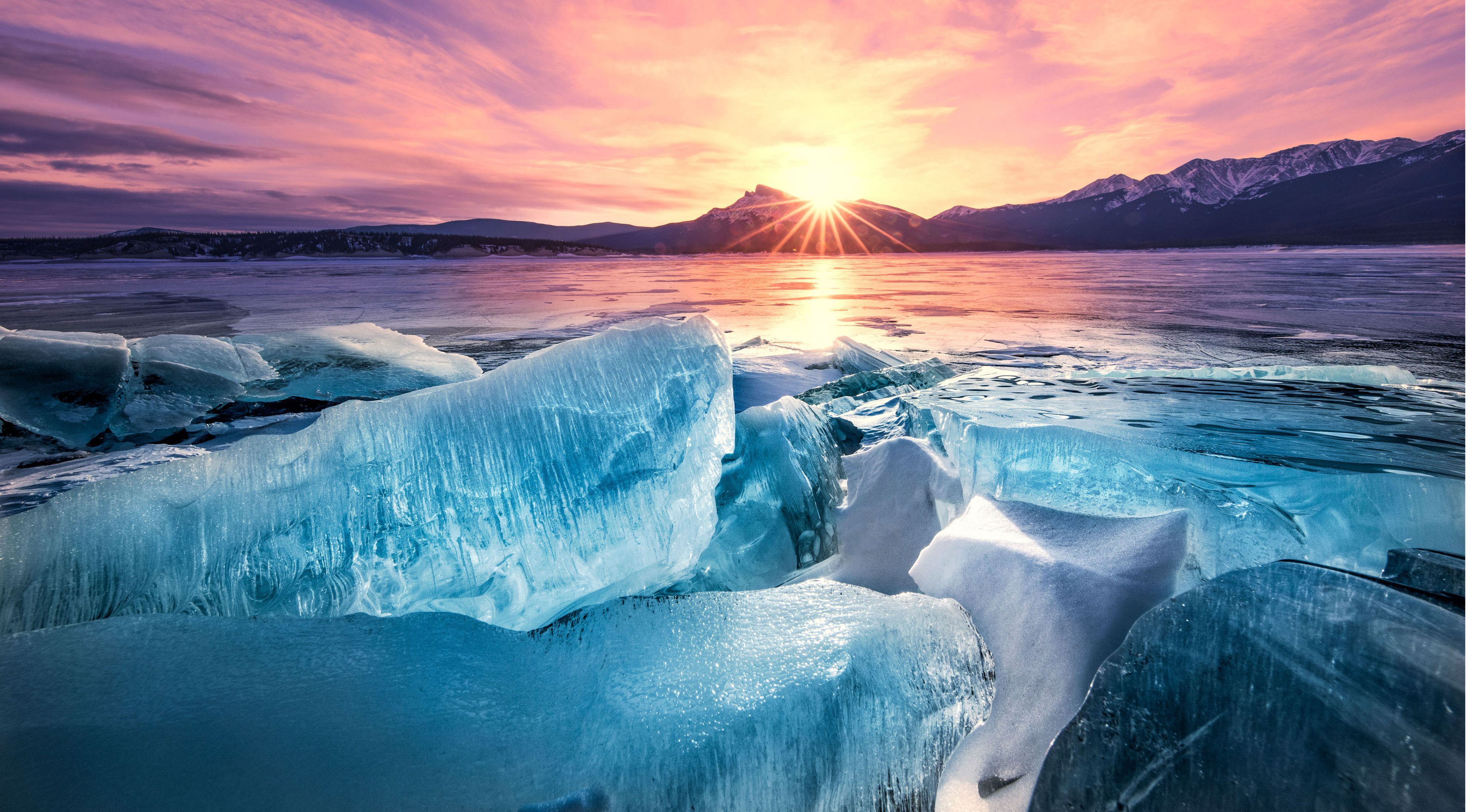 Beautiful sunset with ice floes