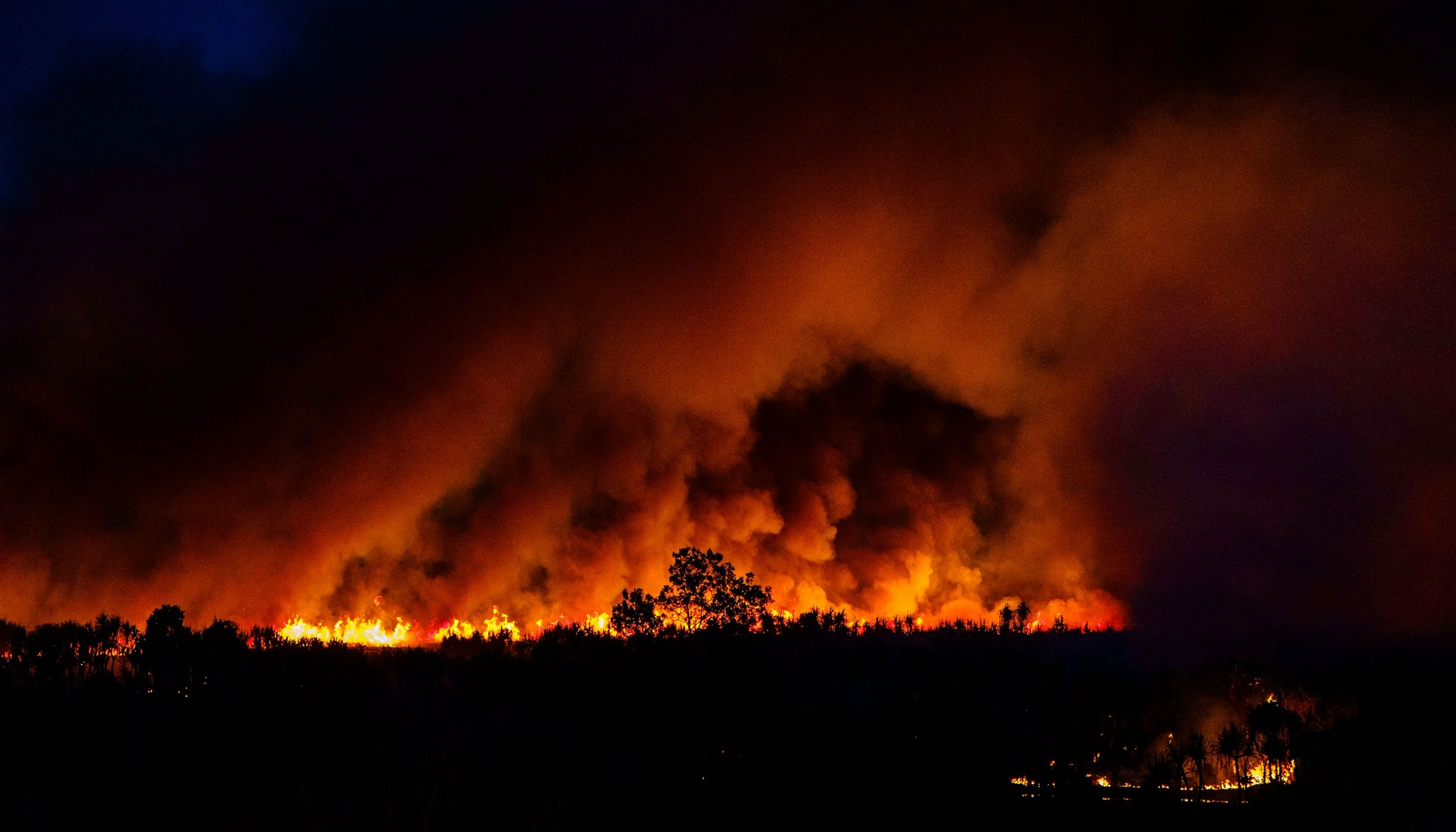 Bushfire rages in Australia