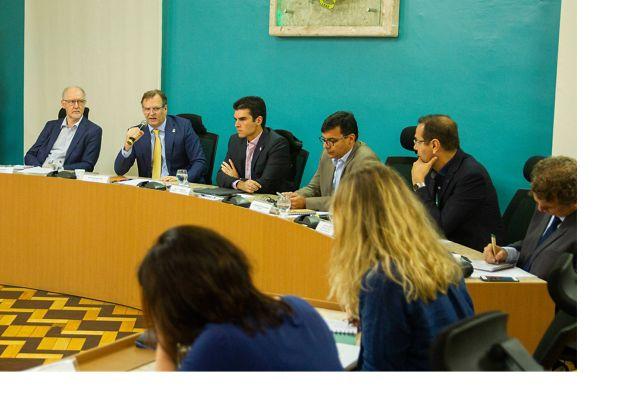 Diretor Executivo da TNC na América Latina fala durante evento de assinatura de acordos de cooperação com o governo do Pará.