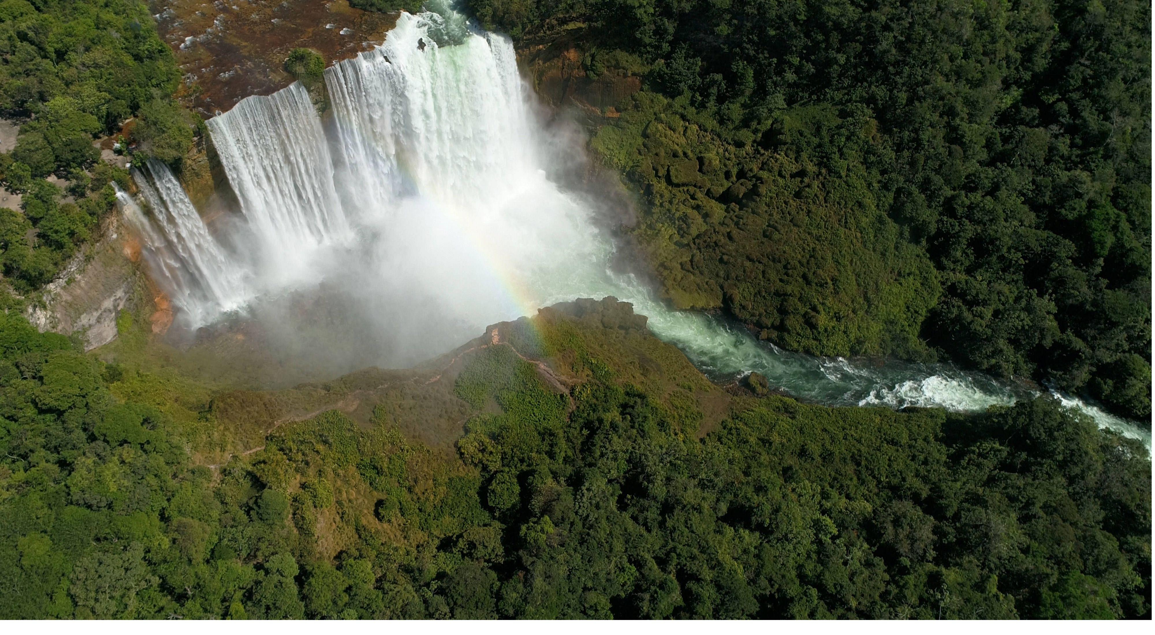 Cachoeira de Salto Augusto no Rio Juruena
