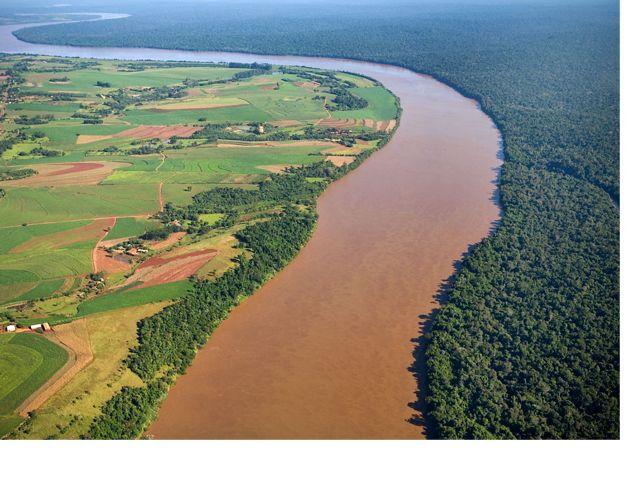 Aerial view of the Iguaçu River