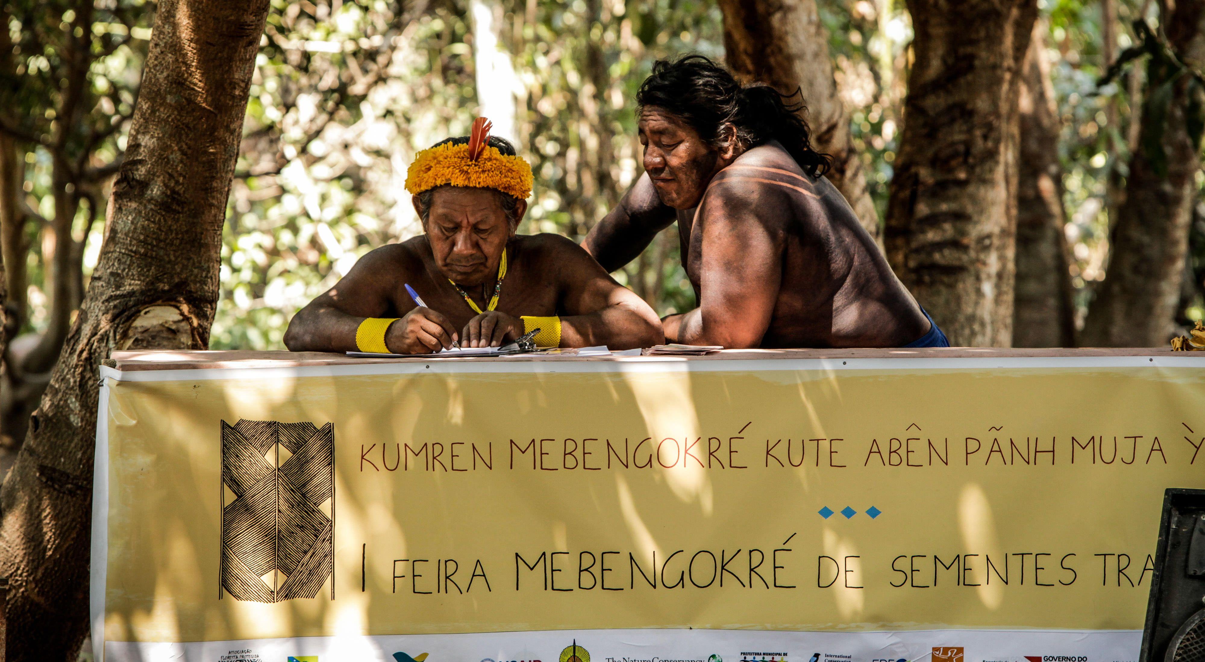 Povos Indígenas na aldeia Kokraimoro, em São Félix do Xingu, Amazônia Brasileira.