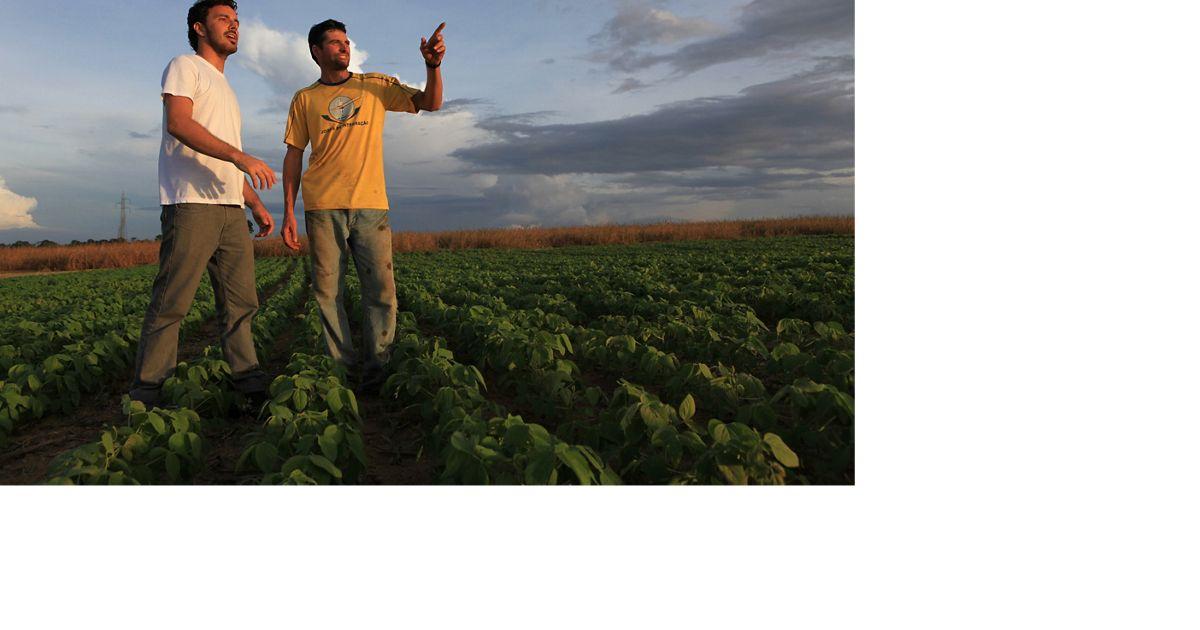 Fernando Pallaro é um dos produtores de soja que trabalham com a TNC em Santarém, no estado do Pará, Brasil.