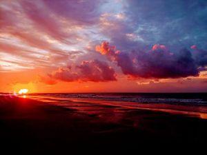 Nascer do Sol na costa leste dos Estados Unidos.