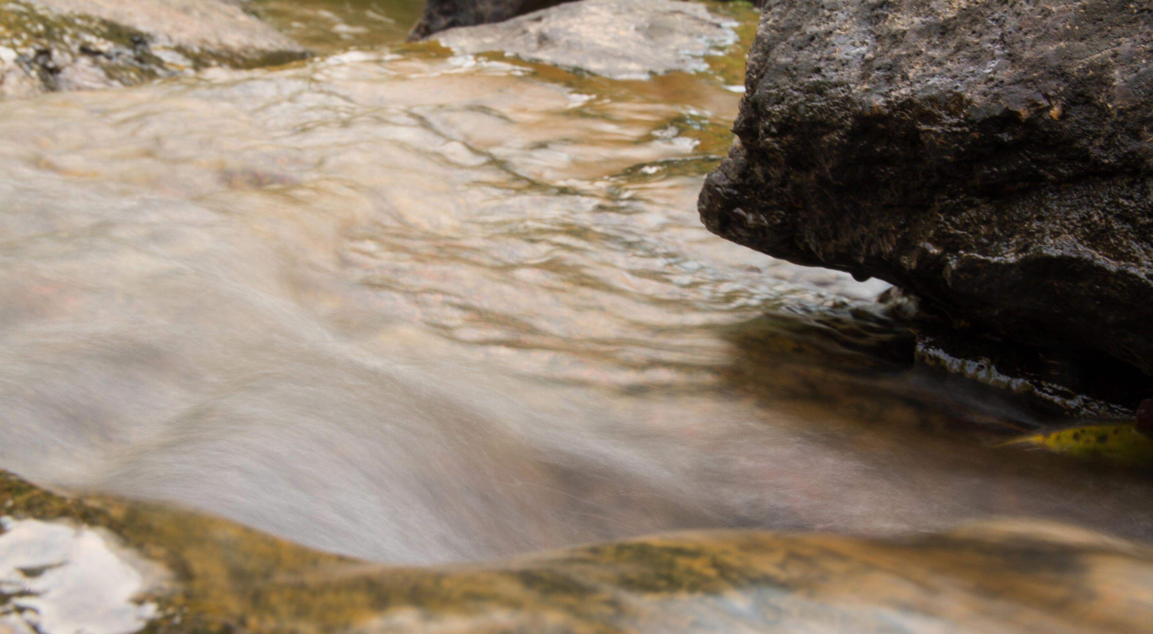 Água no Rio Jaguari, em Extrema-MG.