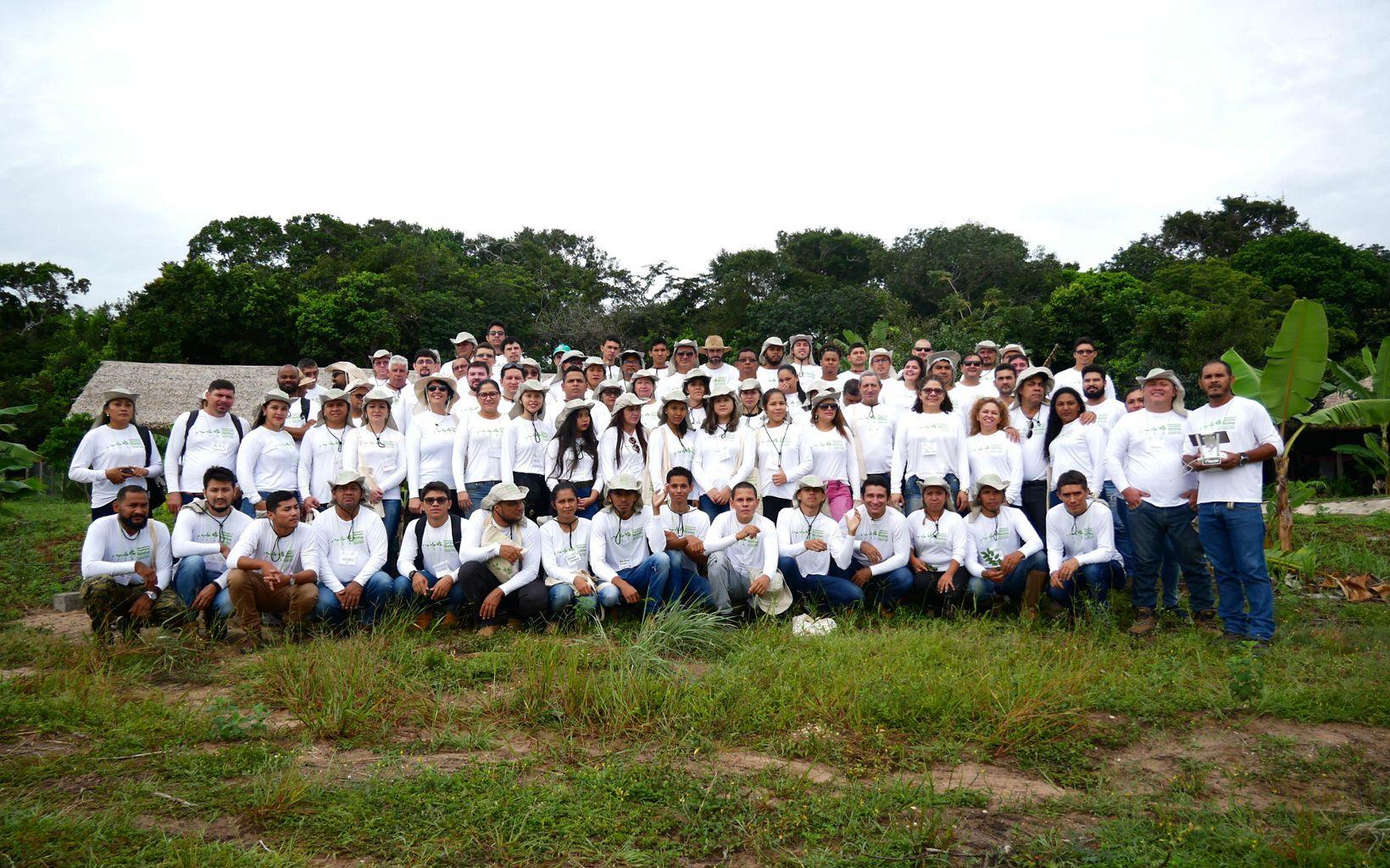 Especialistas e técnicos que participaram do I módulo na Reserva Extrativista Tapajós Arapiuns.