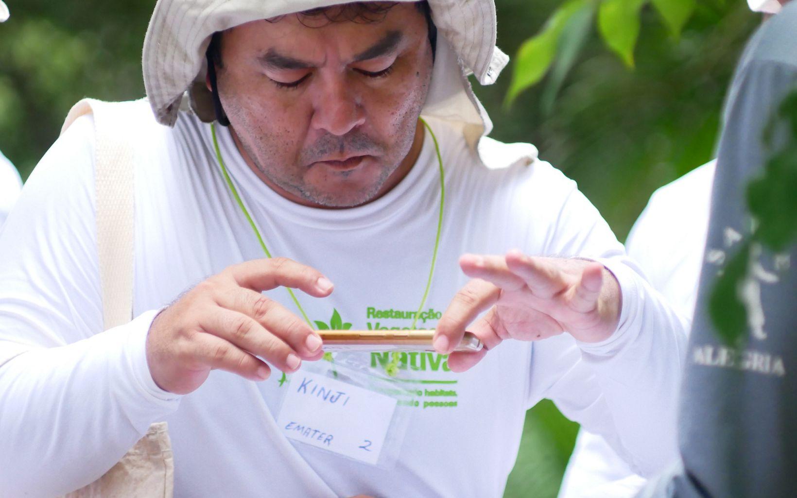 """Participante do curso """"Restauração ecológica e adequação ambiental de propriedades rurais""""."""