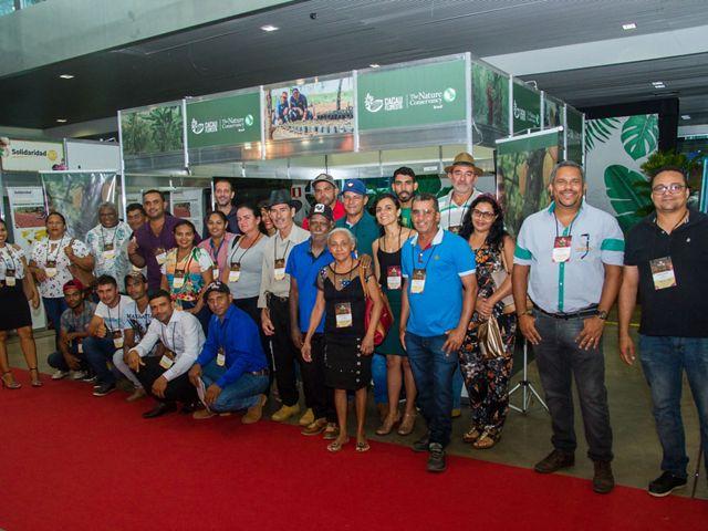 Grupo de produtores rurais de São Félix do Xingu e Tucumã, junto com técnicos do projeto Cacau Floresta.