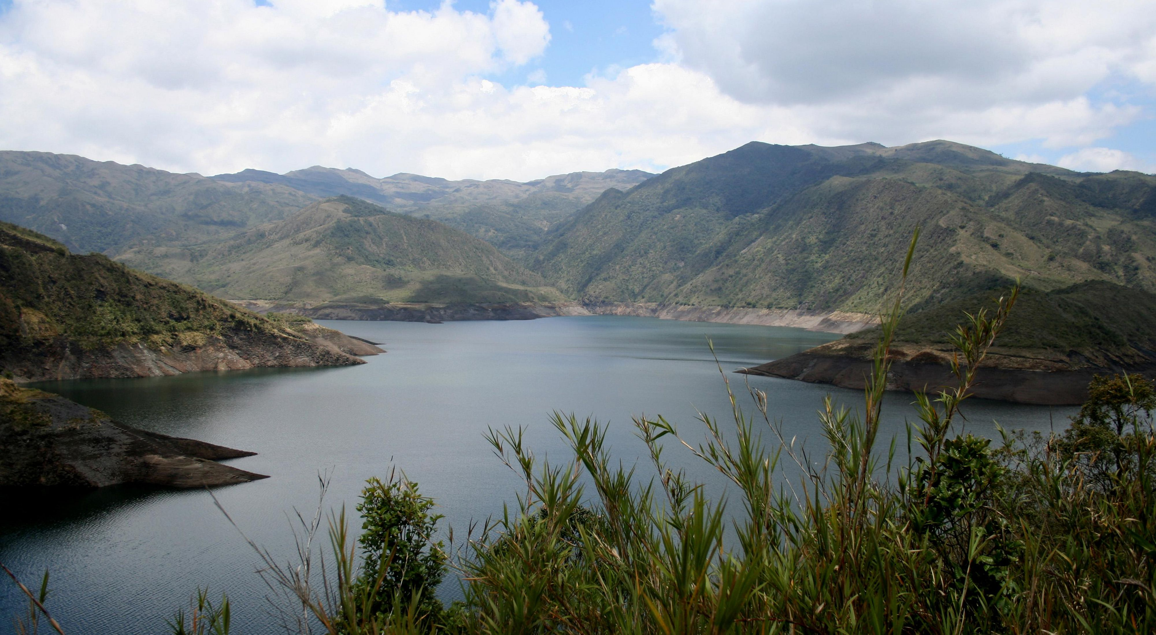 Reservatório de água no Parque Nacional Chingaza, na Colômbia.