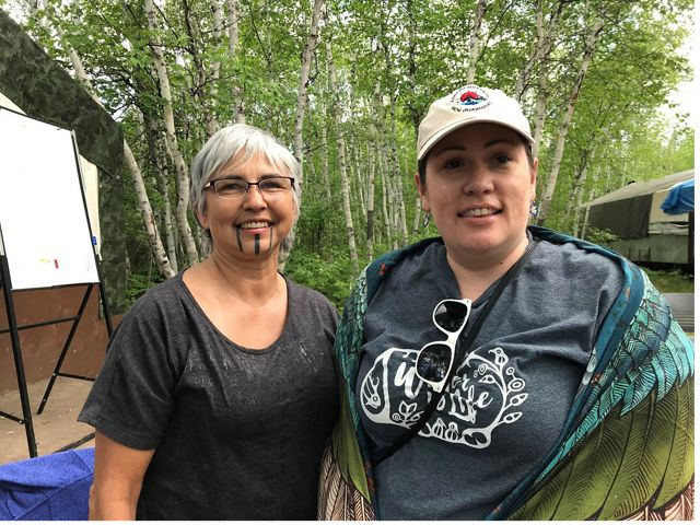 Margo Robbins of the Yurok Tribe and Heidi Cook, a councilor and lead for lands initiatives for Misipawistik shared knowledge during a Healthy Country Planning workshop in MB.