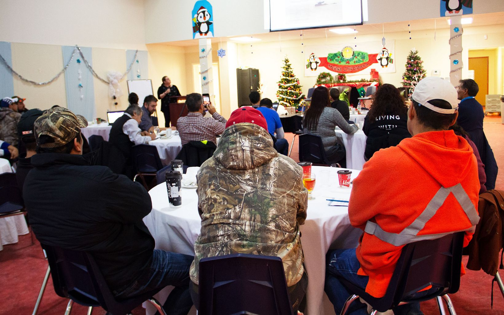 A gathering of First Nations at the northern Manitoba moose workshop organized by Nature United and partners.