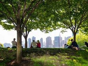 and the view at Gantry Plaza State Park along the East River in Long Island City (Queens), New York.