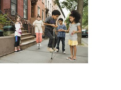 Street trees reduce pollutants that can exacerbate asthma and other illnesses.