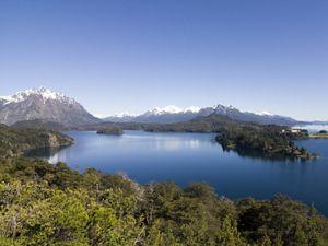 Vista del lago Nahuel-Huapi, Argentina