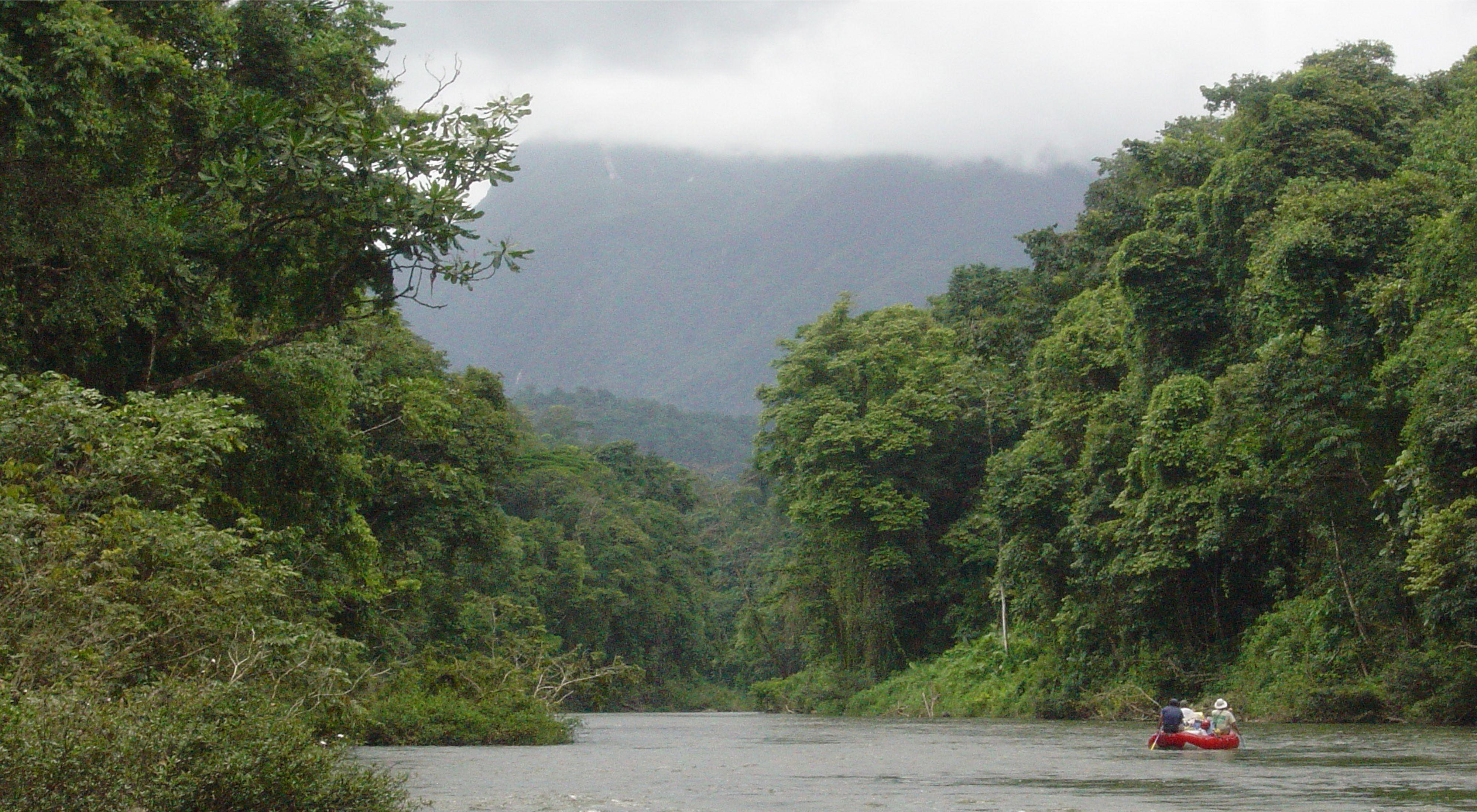 Navegar por los ríos de Honduras