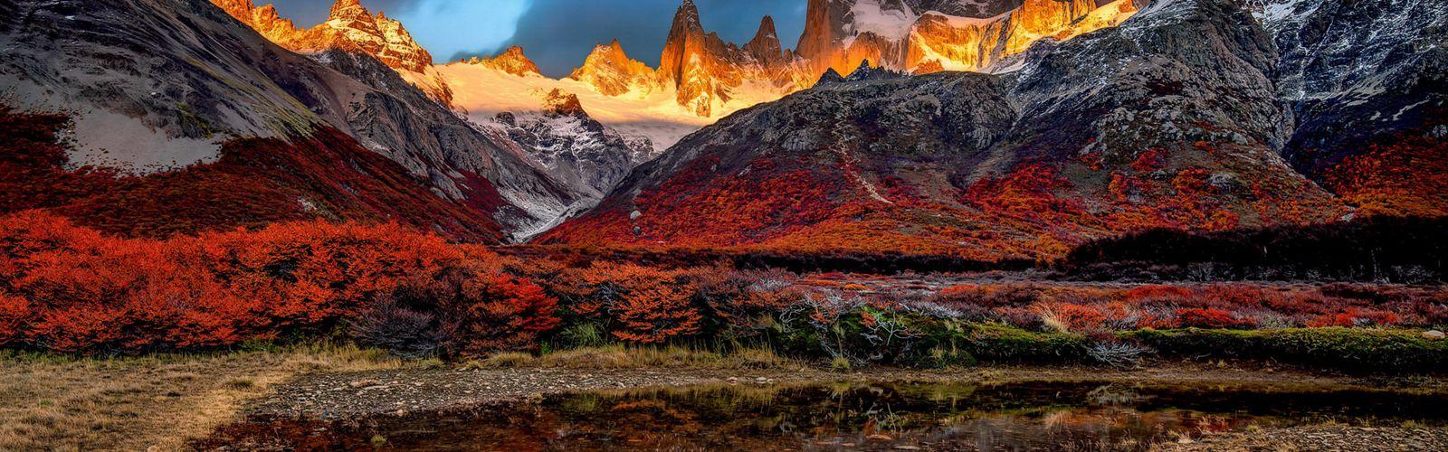 Patagonia,  El Chalten en su hermoso atardecer