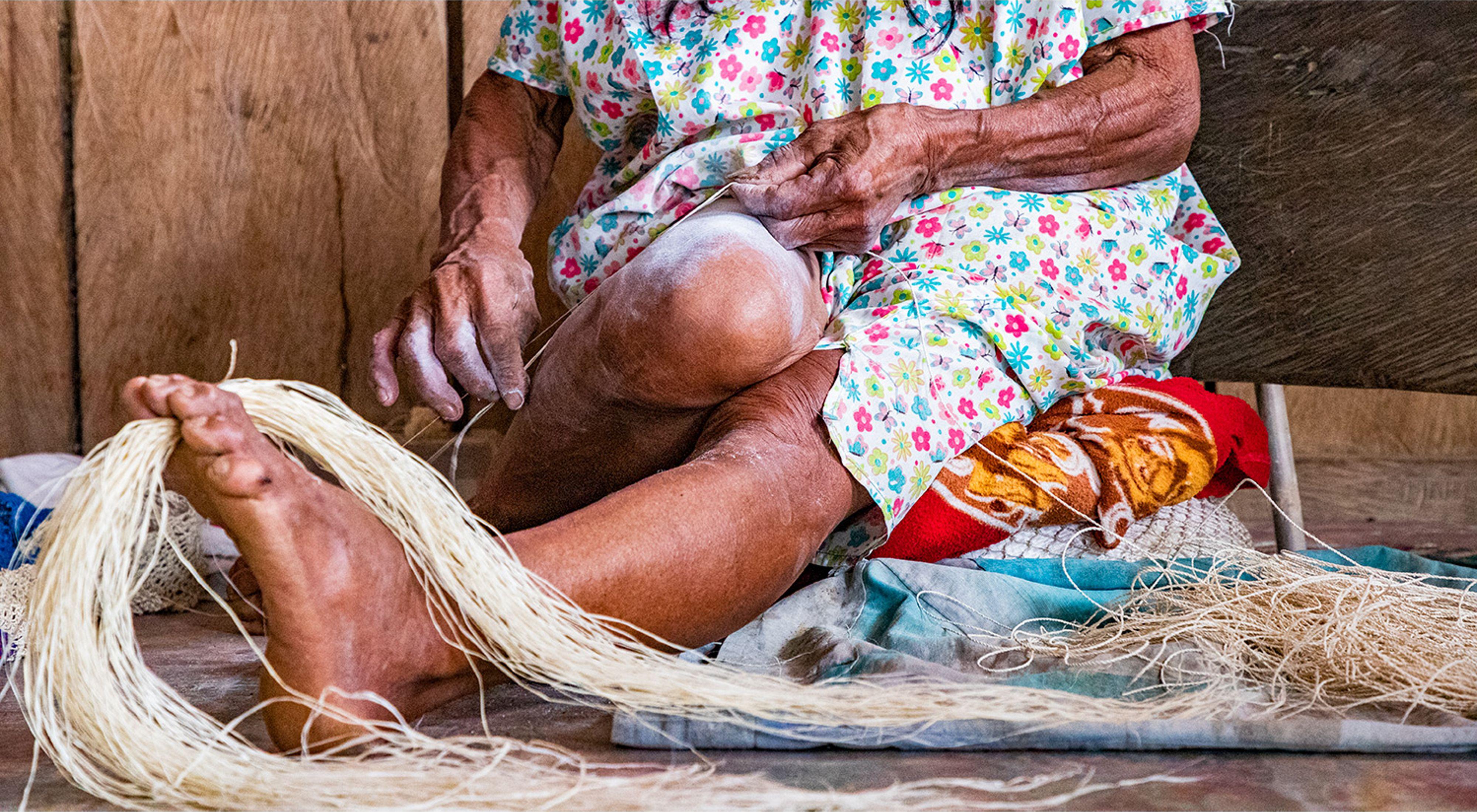 Mujer indígena en el Amazonas. Colombia