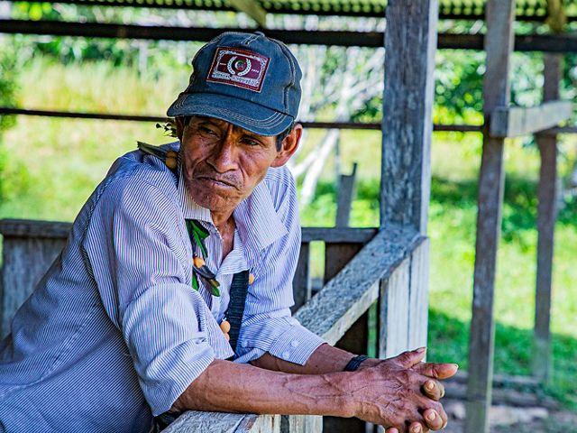 La comunidad de San José del Cuerazo firmó acuerdos para detener la cacería con perros y administrar responsablemente la pesca con barbasco.