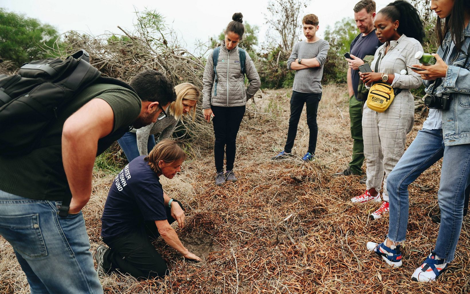 P&G met the working team of women who help remove  invasive plants that are known to absorb huge amounts of water and in turn, reduce the available water in Cape Town's area.