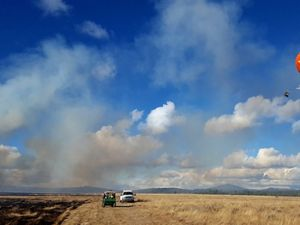Scientists research fire behavior in Oregon