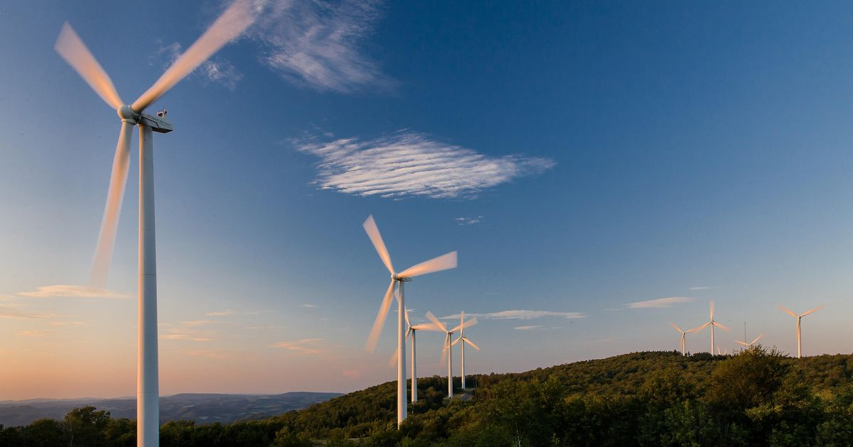 Windfarm turbines on a ridge top in the Appalachian mou