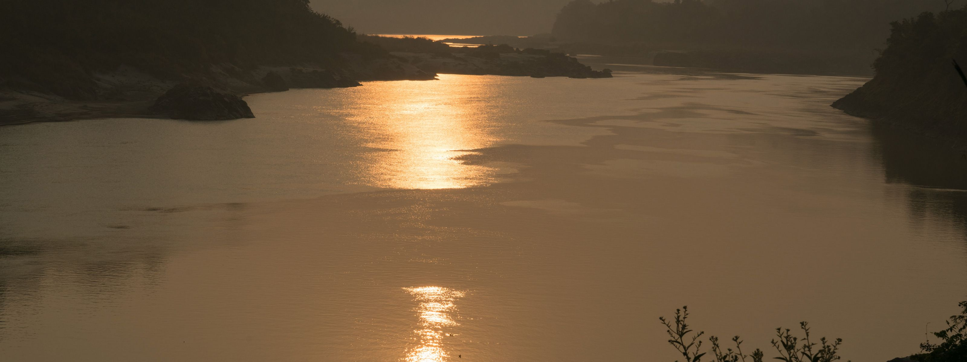 are a popular tourist attraction in Kachin State, Myanmar. These two rivers meet here to form the Irrawaddy River.