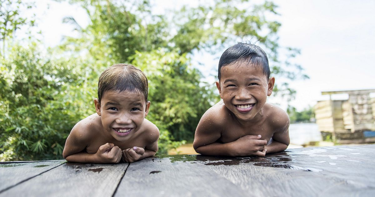 The Nature Conservancy is working with communities, companies and governments to protect forests for future generations in East Kalimantan, Indonesia.