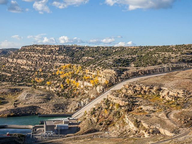 The 3,800-foot Navajo Dam on the San Juan River supplies a small amount of hydroelectric power to northwestern New Mexico.