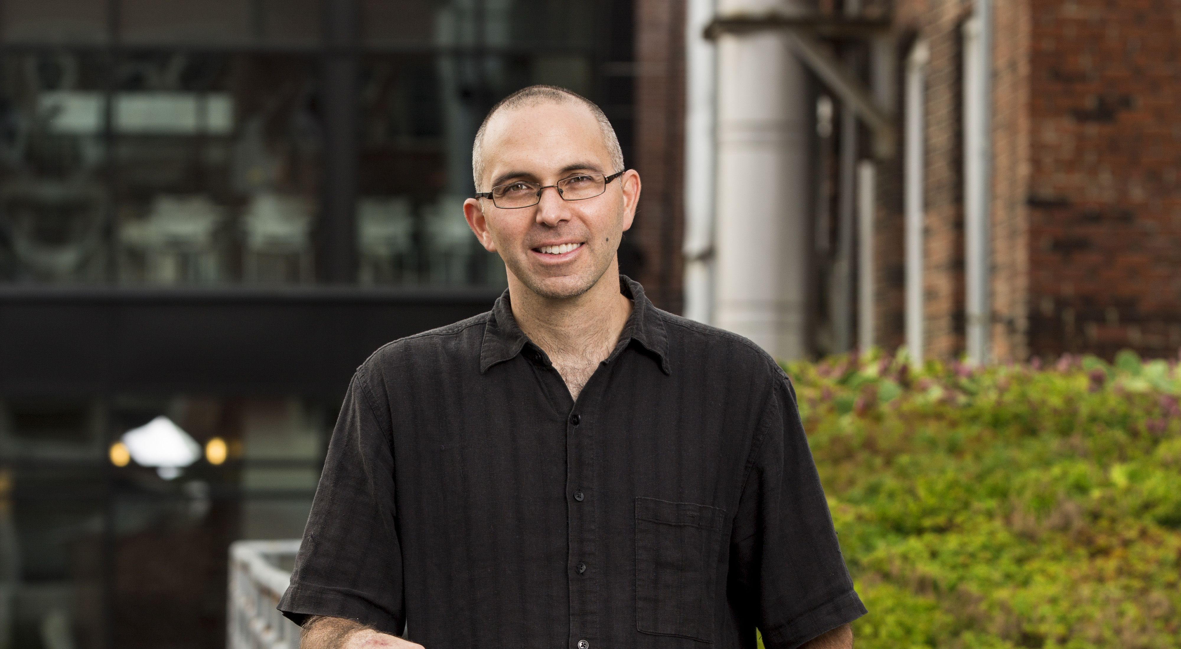 Portrait of Rob McDonald, Lead Scientist, Global Cities