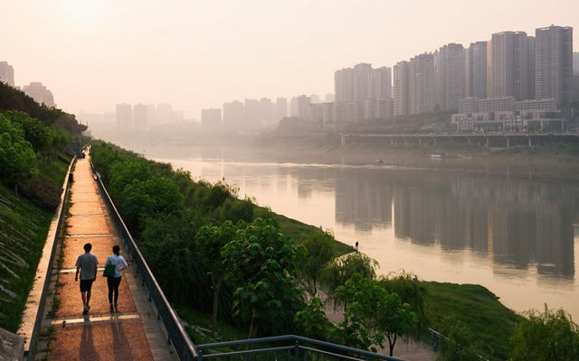 Walkway along the Yangtze River