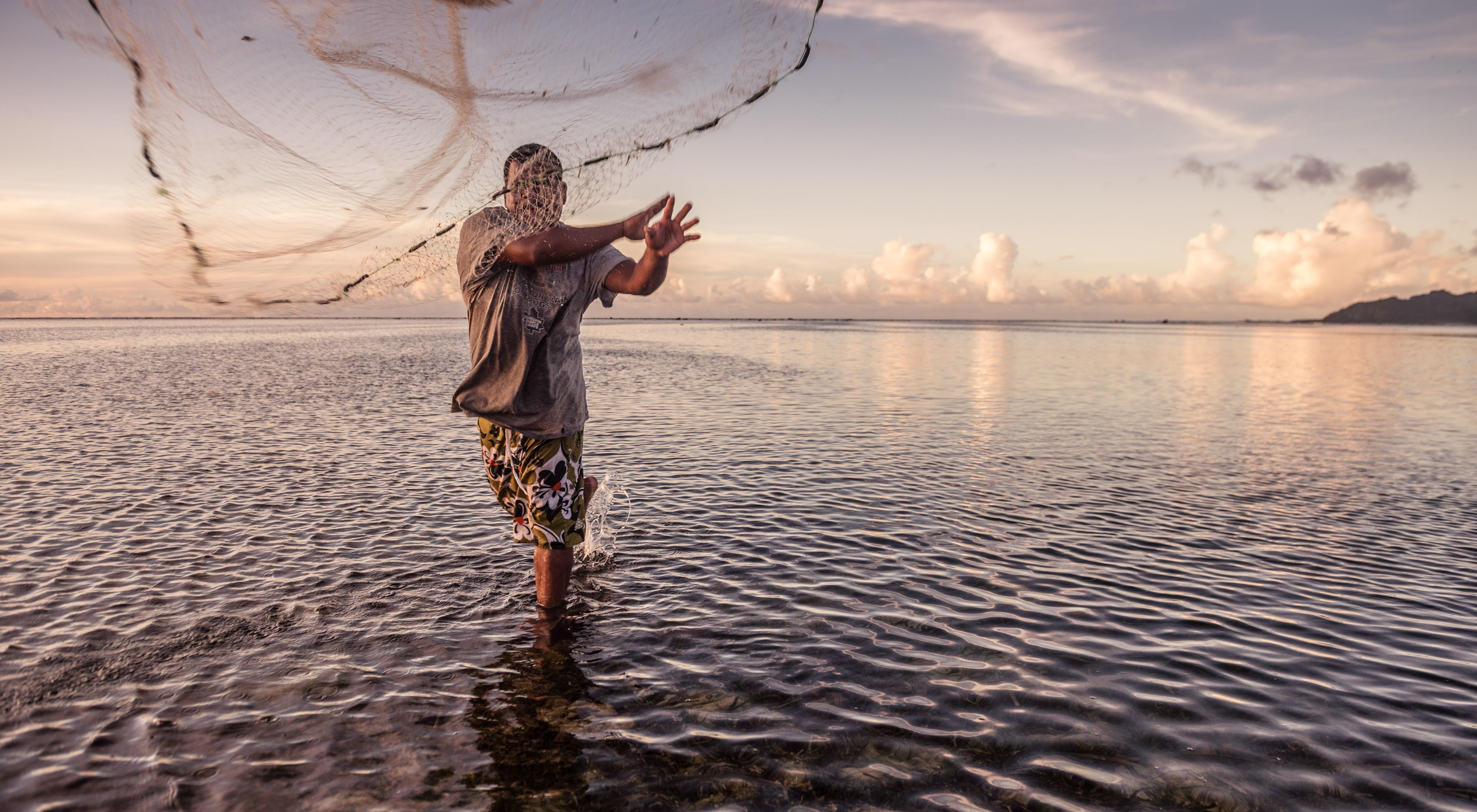 A reef fisherman from Walalung Village on the island of Kosrae, Micronesia.